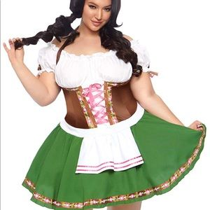 St Pauli Girl wench costume